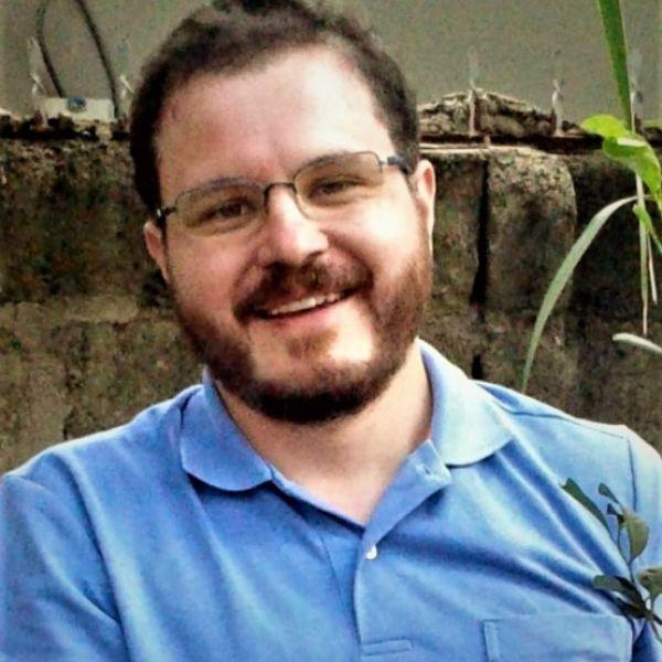 Juan G. Renom